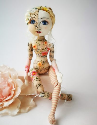 bees knees art doll