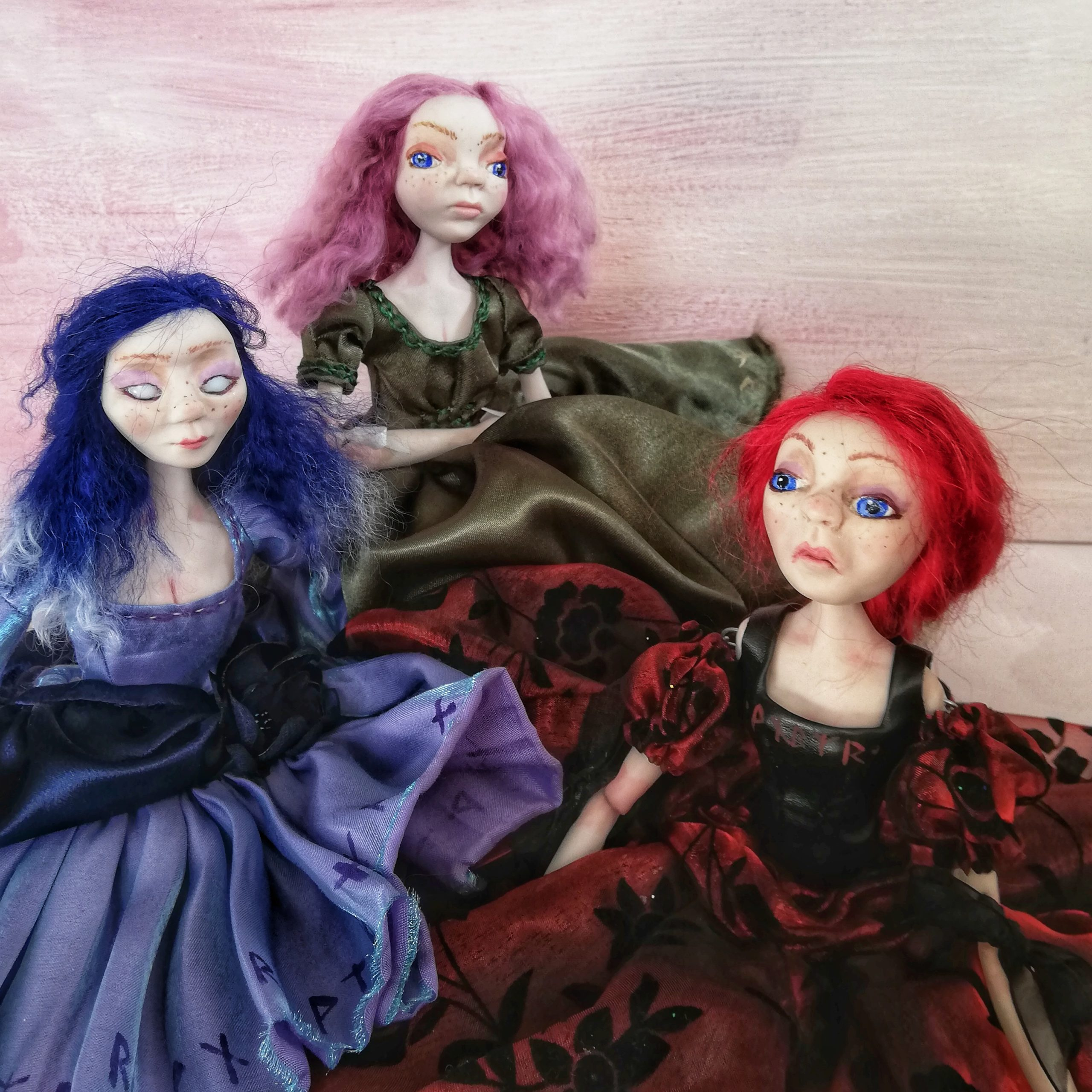 Art dolls for the dark Christmas show