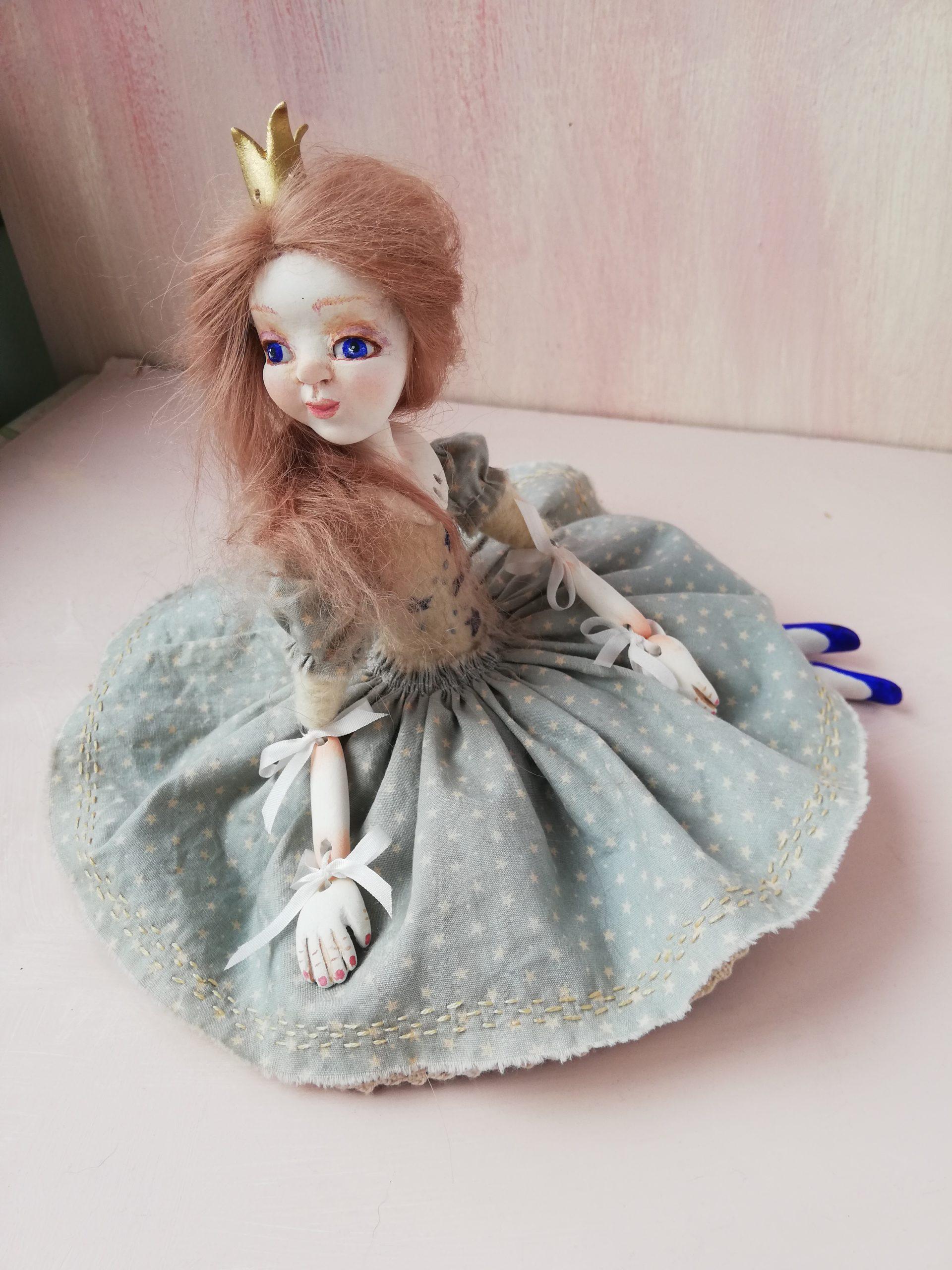 Skye ribbon jointed art doll