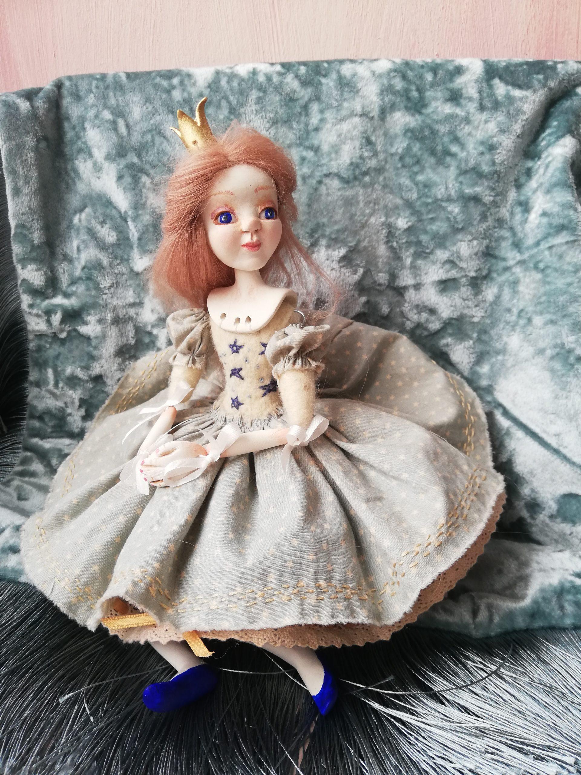 ribbon jointed art doll